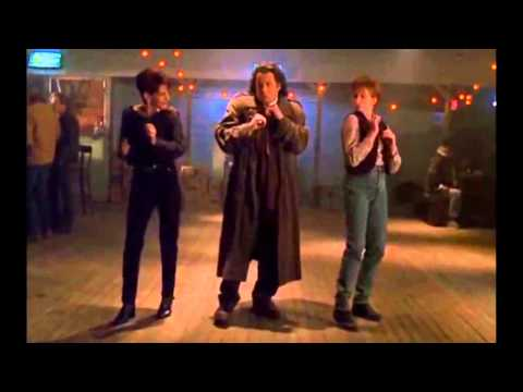 Aretha Franklin  Chain Of Fools  John Travolta Dance