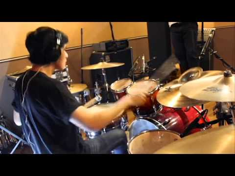 Sebryan Yosvien | Jkt48 - River (Drum Cover)