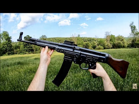 The Stansbury Show - Letting off some steam with a fully auto STG-44