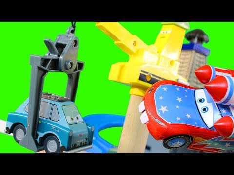 Thumbnail: Disney Pixar Cars Wooden Wood Collection Professor Z's Lair Lemons & Lightning McQueen Toy Review