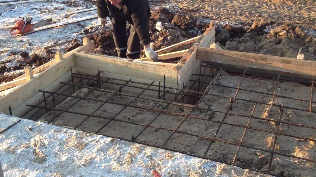 как сделать фундамент под крыльцо к дому