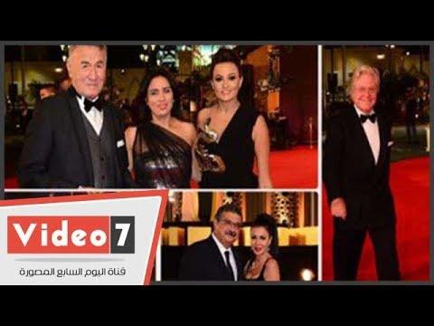 نجوم الفن على السجادة الحمراء فى افتتاح مهرجان القاهرة السينمائي  - نشر قبل 8 ساعة
