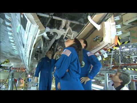 Space Shuttle Era: Crew Equipment Interface Test