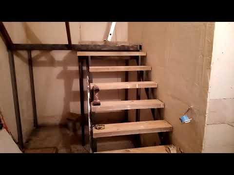 Лестница на второй этаж на металлическом каркасе своими руками
