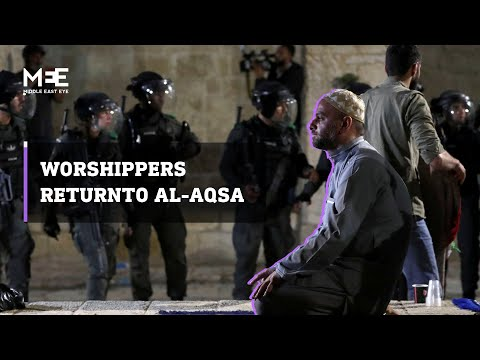 Palestinian worshippers return to pray in al-Aqsa after night of violence