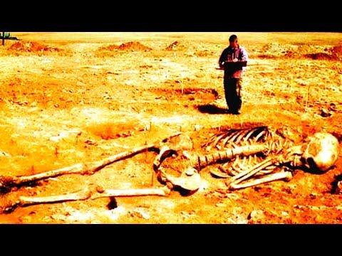 32 Feet Giant Skeleton Found In India – Hindu God Hanuman?