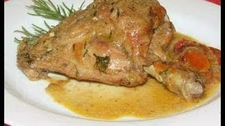 Кролик тушеный в сметане./Rabbit stewed in sour cream.