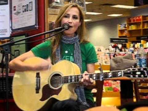 Chely Wright - Broken (San Diego In-Store)
