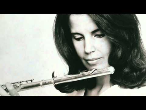 Jeanne Baxtresser, C.P.E Bach - Concerto for Flute in D Minor: Allegro