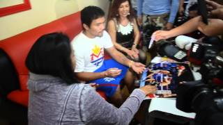 Manny Pacquiao signs for fans 3-10-2015 in LA Video