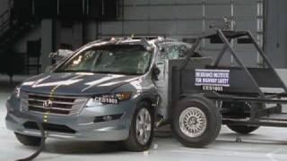 2010 Honda Accord Crosstour side IIHS crash test