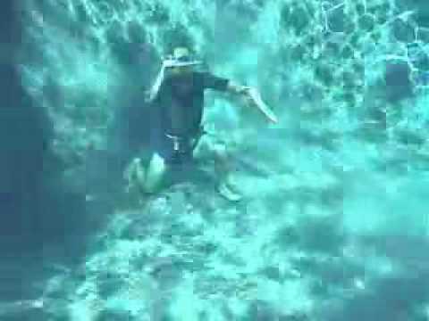 jouer sous l'eau