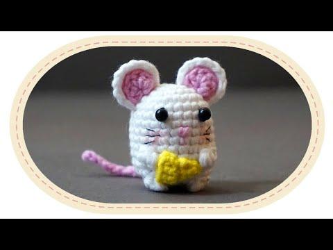 Вязаная спицами мышка