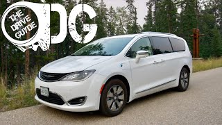 2018 Chrysler Pacifica Hybrid Review - The Best Minivan you Can Buy?