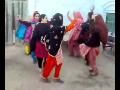 Dance with group of pashto best of Pakistani Peshawar saaz