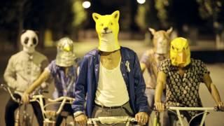 Смотреть клип Marlon - Cosas Que No Se Pagan Con Dinero