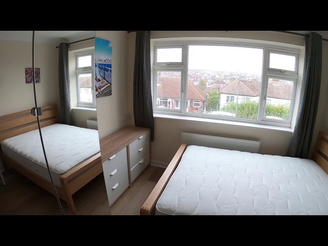 Huge double room-Hove Park-Video viewing Main Photo