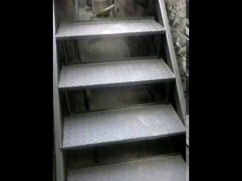 Escada Metálica Com Degraus Articulados Youtube