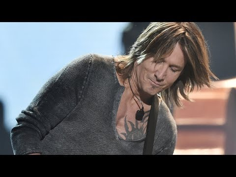 Keith Urban Fan Grabs a Guitar and ... WOW!