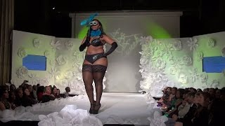 Moda Curvy Couture. A exuberante modelo de menina posando.