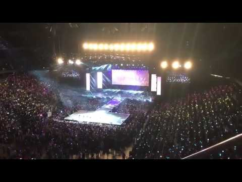 [170323] BTS The Wings Tour in Newark - Rainbow Ocean + Army Singing SPRING DAY