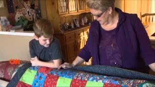 Membuat Selimut Perca Pekerjaan Nenek Nenek  Lihat Karya Bocah Ini!