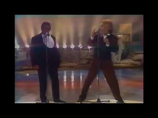 rod-stewart-this-old-heart-of-mine-rare-video-1989-rod-stewart