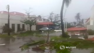 Hurricane Maria pounds Dominica thumbnail
