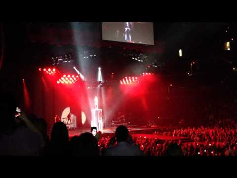 Shania Twain, concert opening, Chesapeake Energy Arena, Oklahoma City, Aug 12th 2015