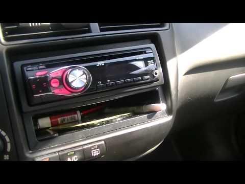 JVC Radio in the 2000 Honda Civic