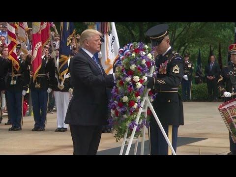 afpbr: Trump homenageia soldados mortos