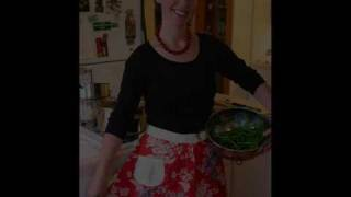 Repeat youtube video red aprons 2