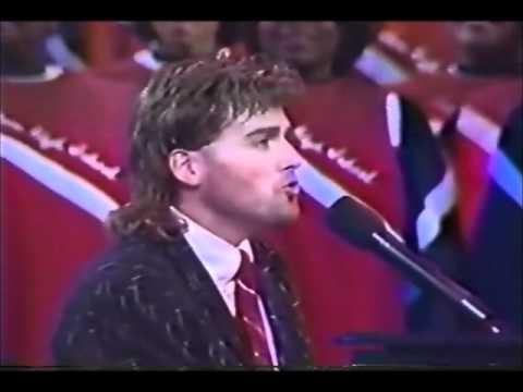 MICHAEL W.  SMITH  - GLORIA (Rare Live Christmas 1989)