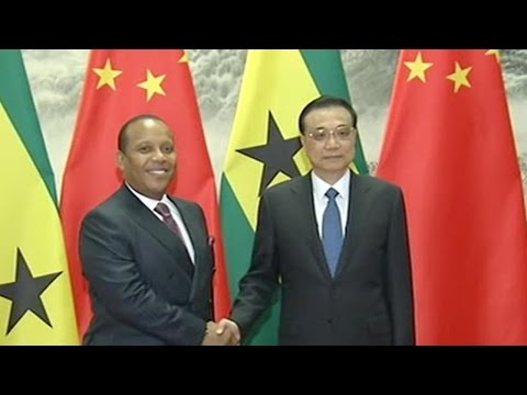 Premier Li signs bilateral deals with Sao Tome and Principe PM Trovoada