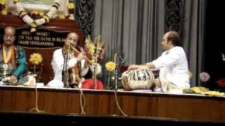 Pt. Ronu Majumdar ( Flute ) , South Indian Musician & Pt. Abhijit Banerjee ( Tabla ) Part 2