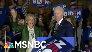 Gambar cover Biden Reshapes The Democratic Primary With Super Tuesday Wins | Deadline | MSNBC