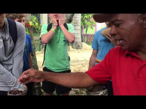 Travel the World with US- Tour of the people in Dominican Republic