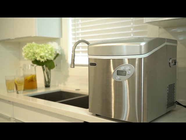 Whynter Portable Ice Maker Featuring IMC-491DC