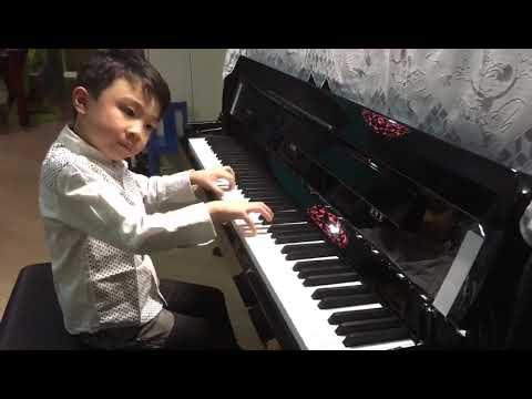 Champion 冠軍 2018 70th HKSMF Grade 4  Scherzando (2nd movement of Sonata No 1 in G) Camidge - Eugene
