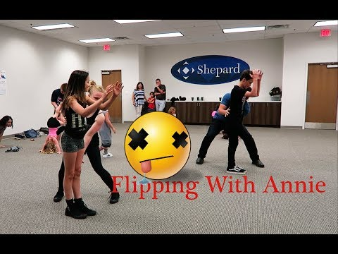 Flipping with Annie Leblanc at Playlist Live part 1 of 2