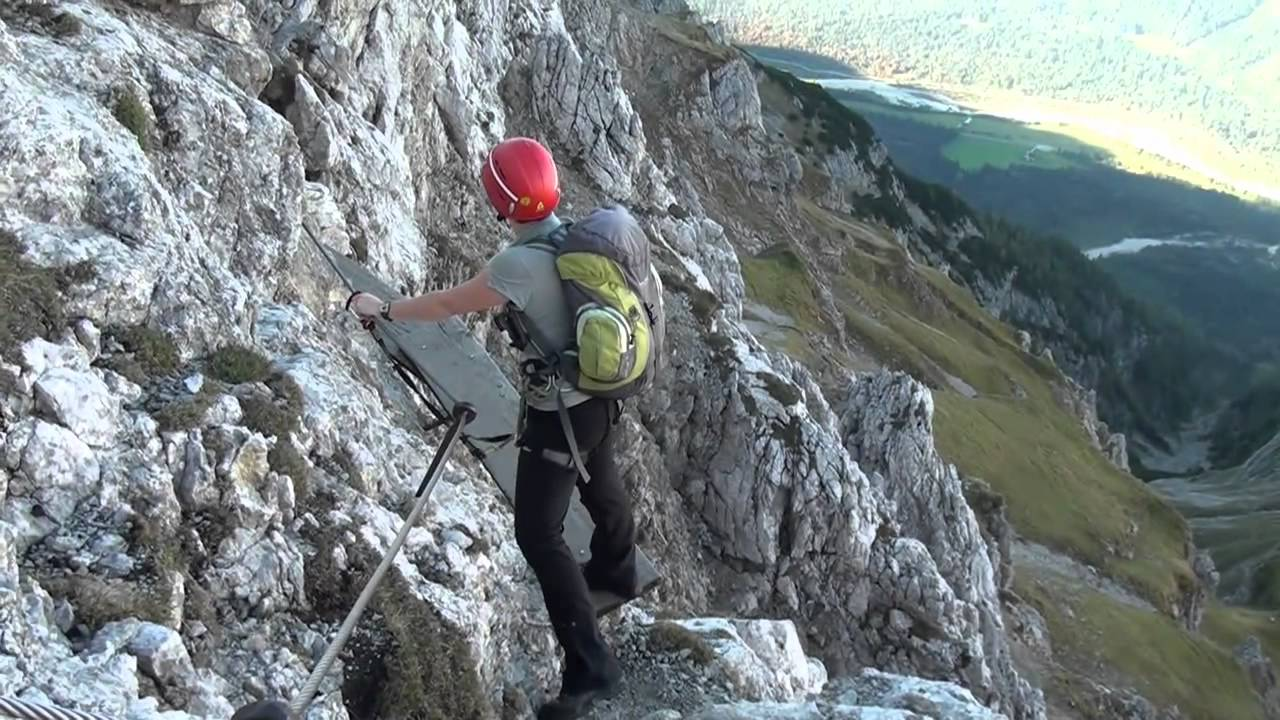 Klettersteig Rating : Mittenwalder klettersteig youtube
