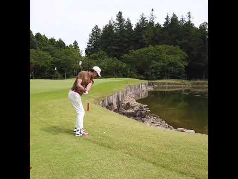 【これが美しいシャンクだ‼️】 この日は悪夢でした。アプローチが震えた日 #Shorts #ゴルフ #golf