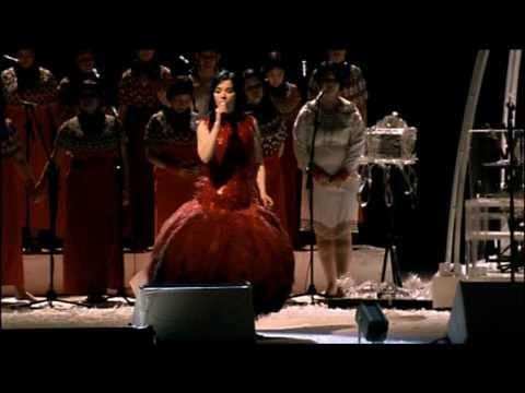 Björk - Jóga