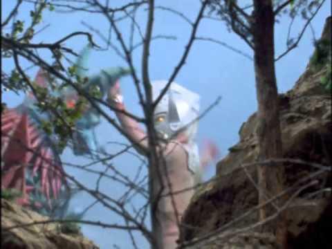 Ultraman Taro vs Medusa