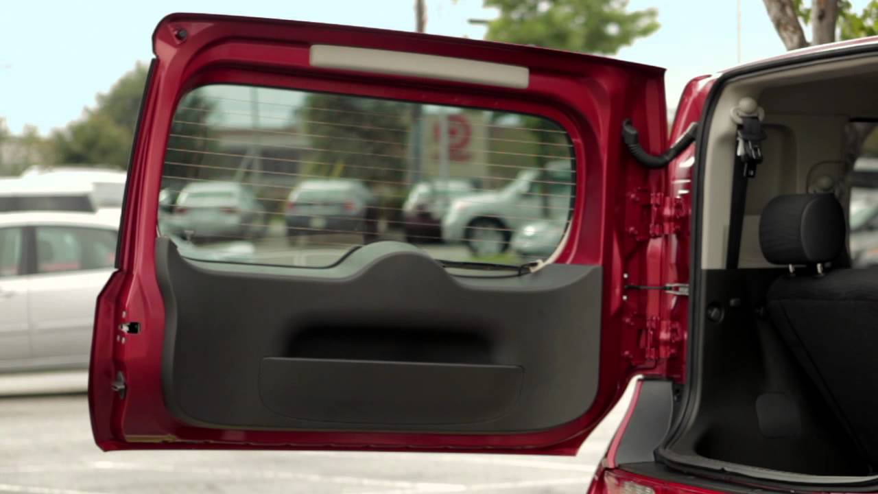 2012 NISSAN cube - Back Door