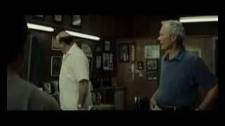 Gran Torino - Walt und Thao beim Friseur
