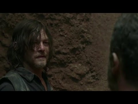 Download The Walking Dead 9x04 - Daryl & Rick Argue Whilst Stuck In A Pit