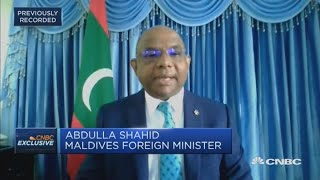 Maldives issues tourists 30-day visa on arrival to boost travel sector: Minister