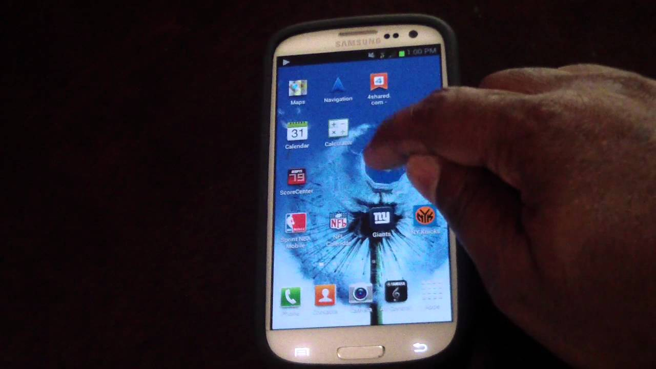 FORGET APPLE AIRPLAY SAMSUNG GALAXY SIII S3 RULES