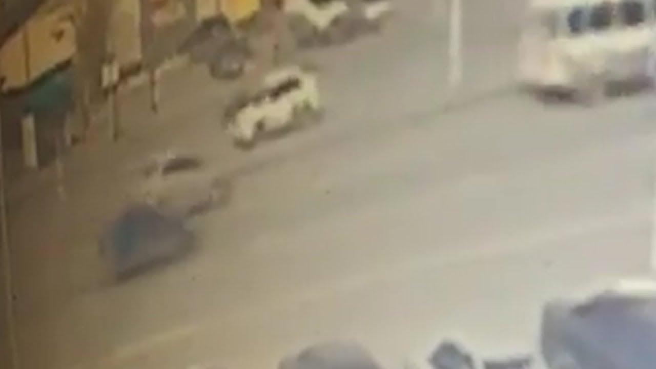На Щербакова автомобиль такси сбил женщину